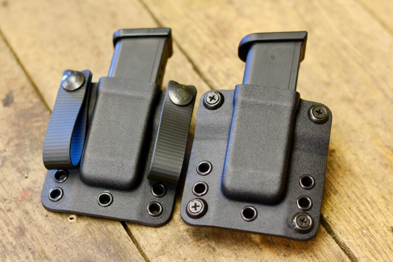 Pancake-style mag carrier that features tunable retention
